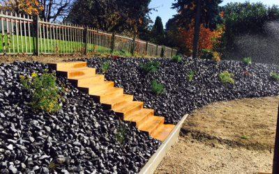Création d'une rocaille avec escalier